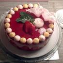 Le Vieux Four  - le fraisier entièrement fait maison -   © oui