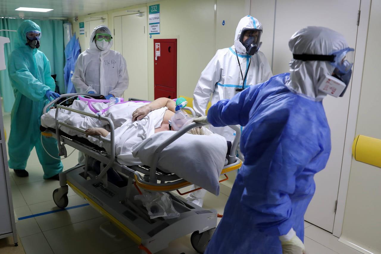DIRECT. Coronavirus en France: retour de la baisse des hospitalisations, le dernier bilan