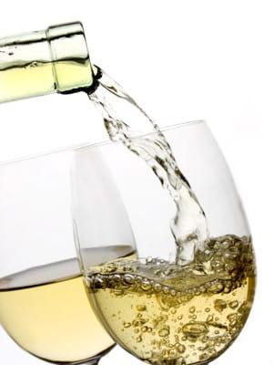 un vin blanc se sert à une température située en 8et 10°c.