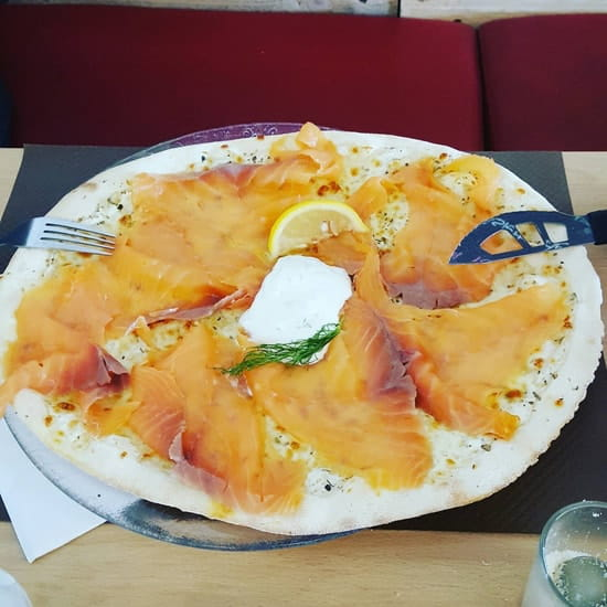 Plat : L'Origan  - Pizza au saumon -