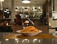 L'homme le plus petit du monde : Spaghettis