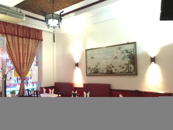 Restaurant : Nouveau Pavillon  - Salle Gauche du resto -   © soi