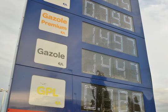 Prix de l'essence: encore une hausse, vers un nouveau record?