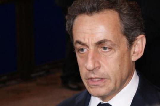 Sarkozy : les vannes contre François Hollande continuent