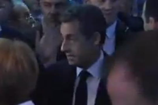 Nicolas Sarkozy: Hollande, Bruni, lesbonnes vannes duchef del'UMP