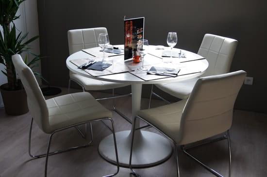 Restaurant Le Tama - Mini golf LE GREEN  - Table cosy -