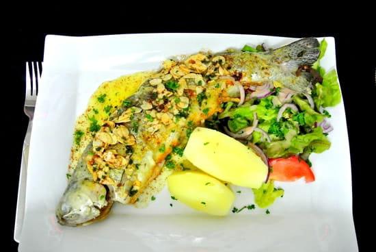 Au Beau'Vin  - un poisson frais tous les vendredis: ici une truite cuisinée aux amandes -