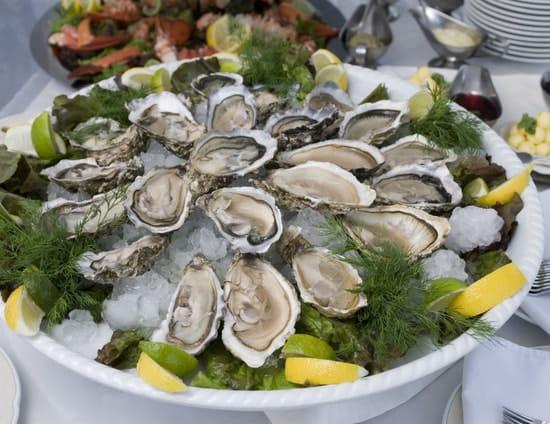Les Relais d'Alsace - Taverne Karlsbrau Angoulême  - assiette d'huîtres fine n°3 -   © Lavaure Gaetan