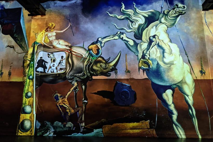 Atelier des Lumières : visite de l'expo Dalí et Gaudí, prix et durée