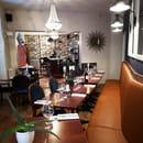 Restaurant : Le P'tit Louis  - La salle du bas et ses banquettes confortables. -   © Marand Nicolas