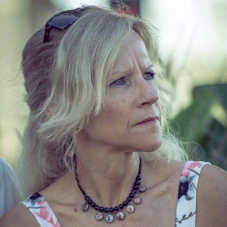 Cathy Deau
