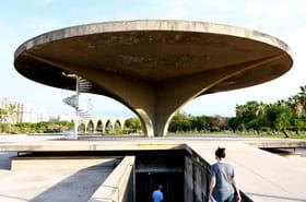 Des artistes tentent de sauver au Liban une oeuvre du Brésilien Niemeyer