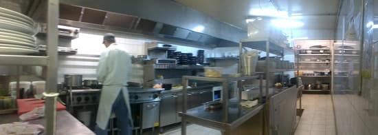 Les Bains  - Cuisines -