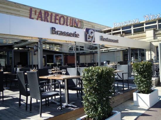 Brasserie restaurant le 9  - terrasse -   © thierry jost