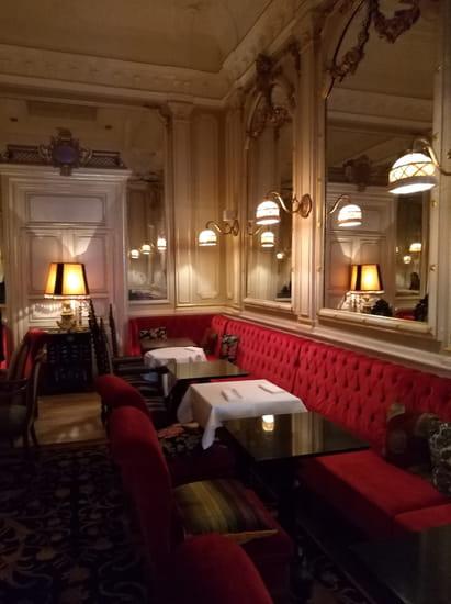 Restaurant : Le Napoléon  - Le petit salon -   © Gc