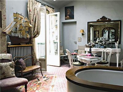 Villa clara hommage au paris romantique for Chambre romantique paris