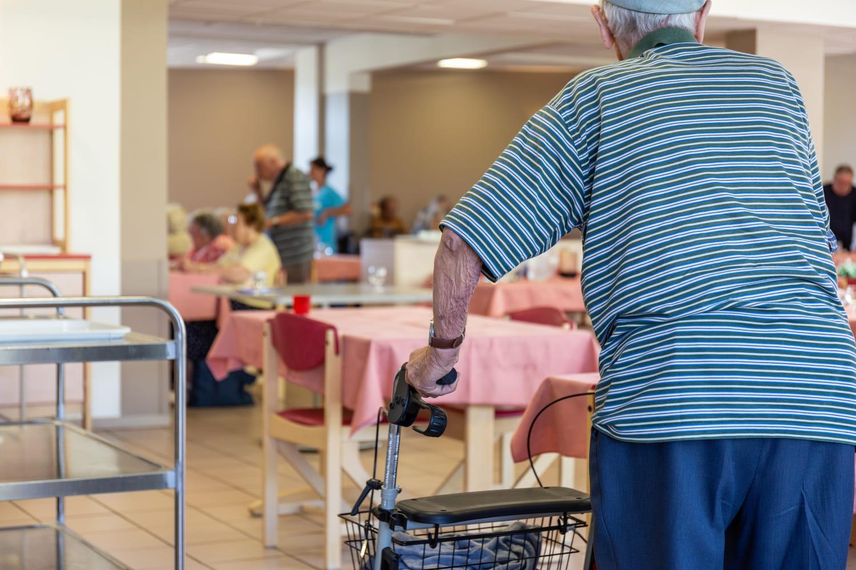Dans quelle case déclarer les frais de maison de retraite?