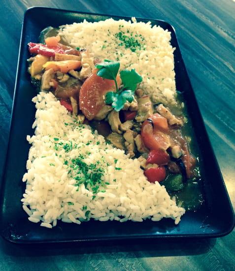 Café des Phocéens   © Sauté d'agneau avec son riz