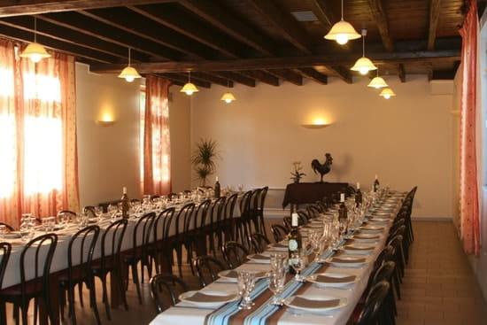 Auberge du Cheval Blanc  - Salle de banquet 60 convives -   © D. Guy