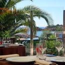 Jilali B  - La Terrase avec vue sur le port de Figuereite -   © JilaliB