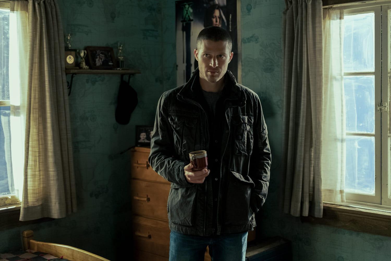 Sermons de Minuit: de quoi parle la série d'horreur de Netflix?