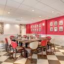 Rouge & Blanc - Les Maritonnes Parc & Vignoble  - Salle Moulin à Vent pour vos Séminaires -   © maritonnes