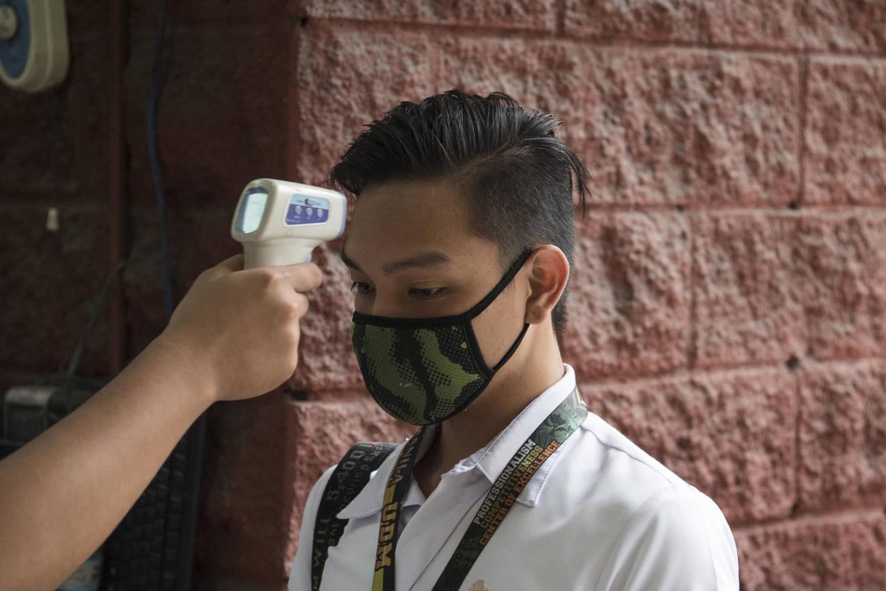 DIRECT. Coronavirus: un nouveau cas en Europe, la Chine à la peine face au virus
