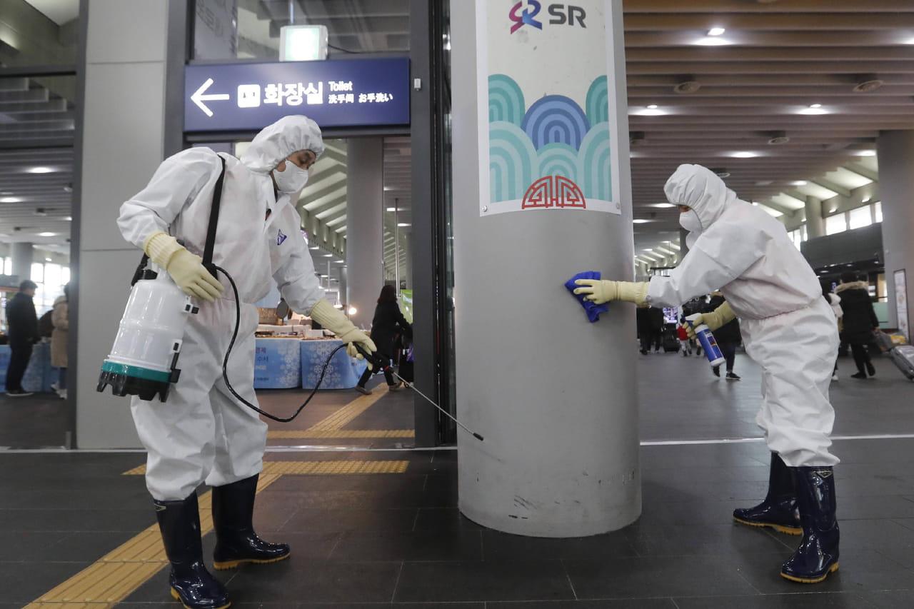 DIRECT. Coronavirus chinois: de nouvelles mesures et des consignes en France
