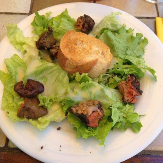 Entrée : Va Bene  - Salade de foie de volailles  -