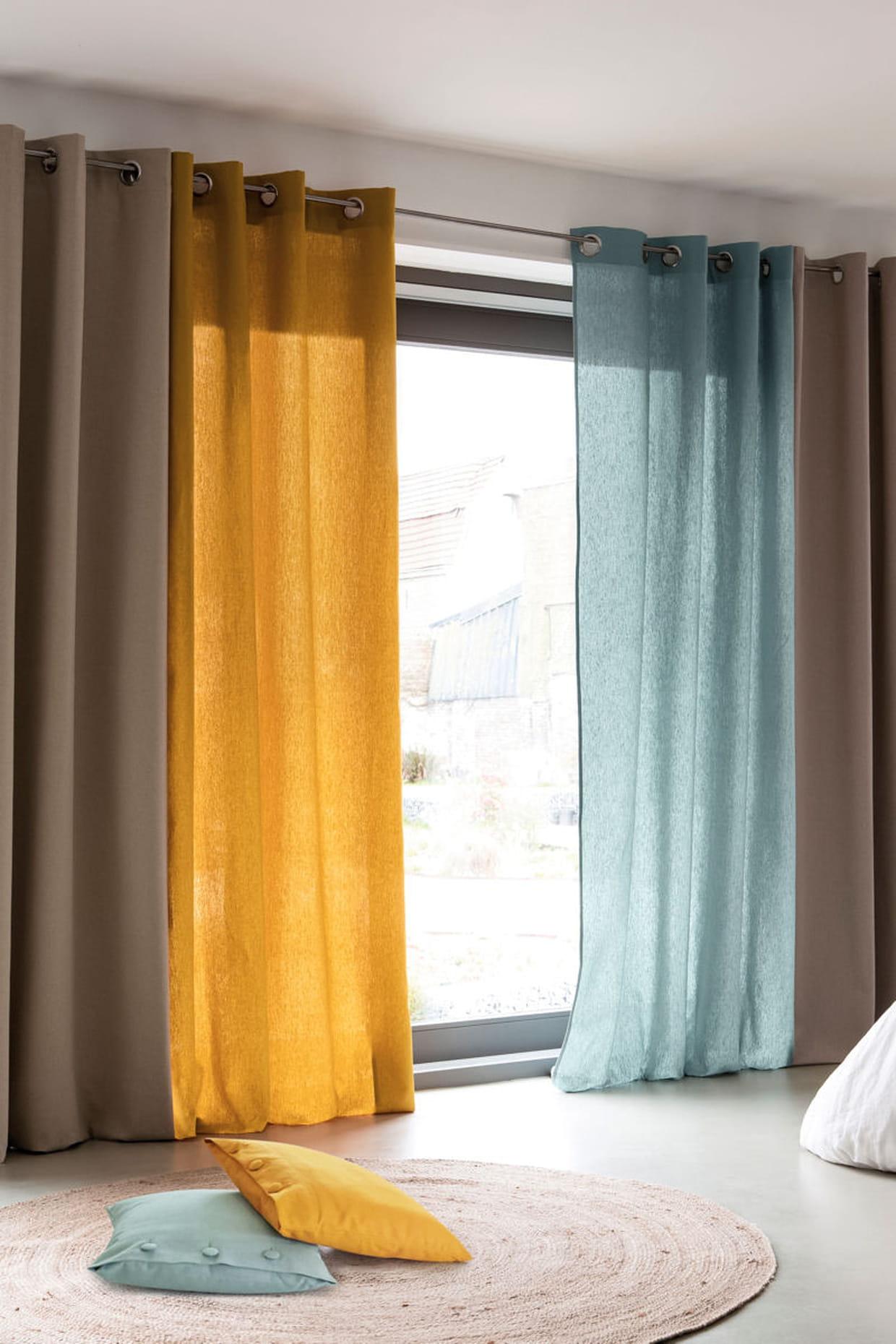 des rideaux occultants en lin et coton. Black Bedroom Furniture Sets. Home Design Ideas