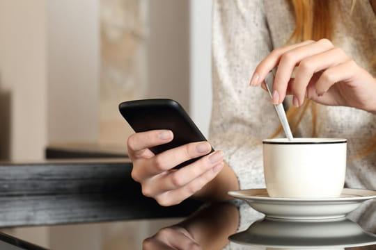 SMS d'anniversaire: modèles et exemples sympas