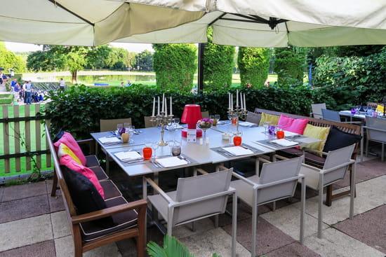La Grange aux Ormes  - terrasse du restaurant -