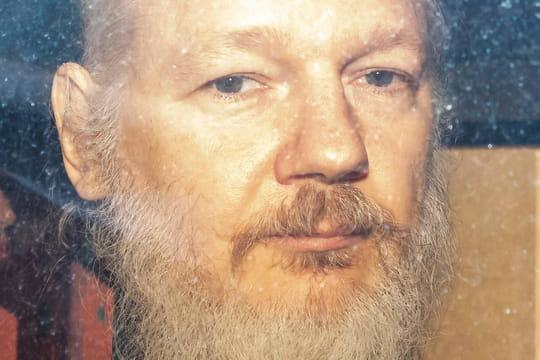 Julian Assange (WikiLeaks): héros ou violeur? L'affaire rebondit