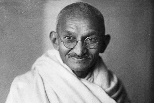 Gandhi: Indépendance, non-violence, biographie du guide spirituel indien