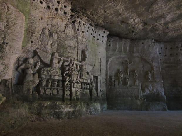 """La grotte du """"Jugement Dernier"""" de l'abbaye bénédictine de Brantôme"""