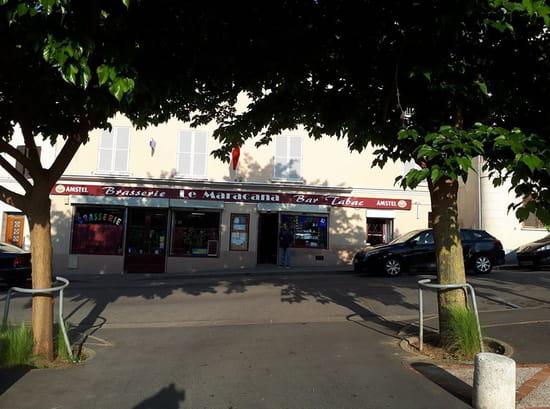 Restaurant : Le Maracana  - Vu du parking -   © moi
