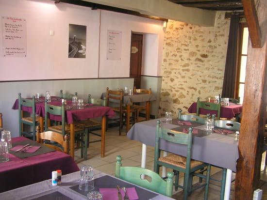 Restaurant : Le Colimaçon  - SALLE DE RESTAURANT -   © LE COLIMACON