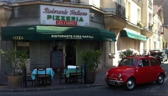 Les Trois Napoli