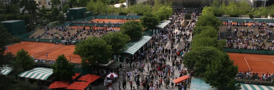 Le toit rétractable à Roland Garros, c'est pour quelle date?