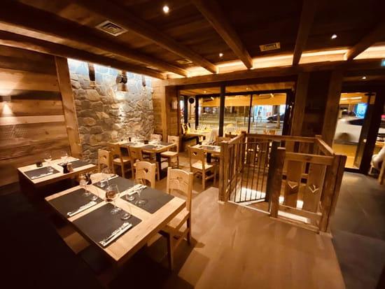 Restaurant : TradiSwiss  - SALLE RESTAURANT -   © 6