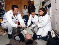 Equipe médicale d'urgence : Travail au black