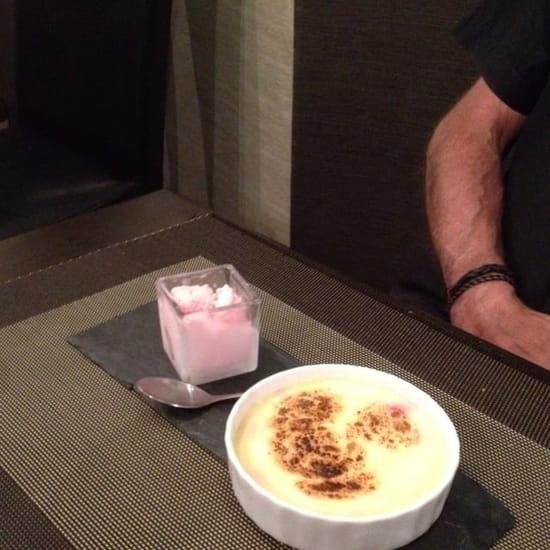 Dessert : L'Essence du Goût  - Sabayon sur cerises griottes glace à la guimauve maison -