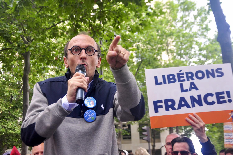 Fabrice Di Vizio: une enquête met l'avocat anti-pass sanitaire sur la sellette