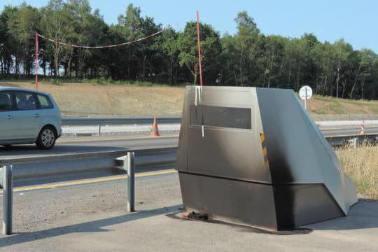 radar chantier une cabine record flashe 900 fois par jour. Black Bedroom Furniture Sets. Home Design Ideas