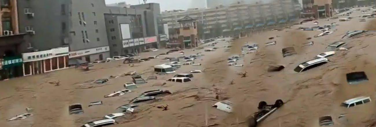 Les images des inondations à Zhengzhou en Chine