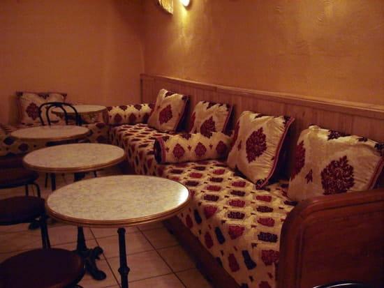 Rézan  - Salle de restaurant -