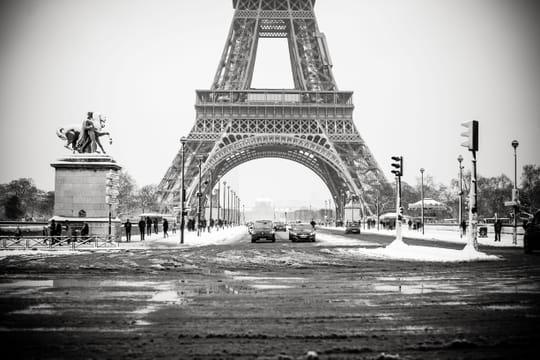 Tour Eiffel: fermeture de la Dame de Fer pour cause de neige
