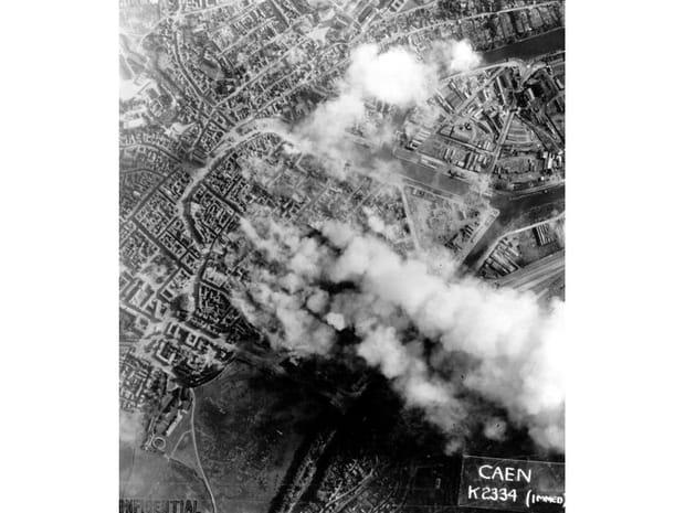 Caen sous les bombes