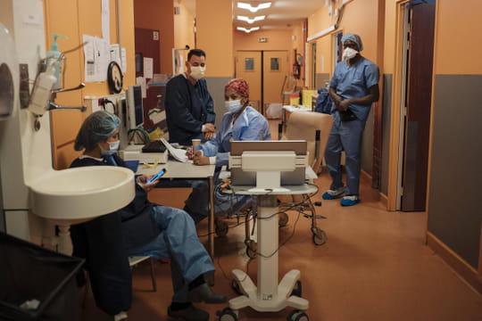 """DIRECT. Coronavirus en France: 22950malades hospitalisés, une évolution favorable"""""""
