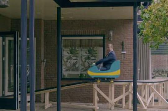 Une agence immobilière néerlandaise construit un parc d'attractions dans une maison
